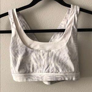Lululemon run stuff your bra